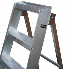 EN131 Pro Industrial Swingback Step Ladder